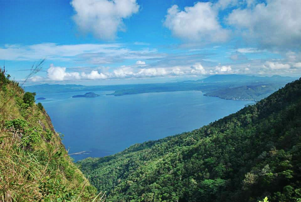 The view from Mt. Maculot (Raymond Ramon)