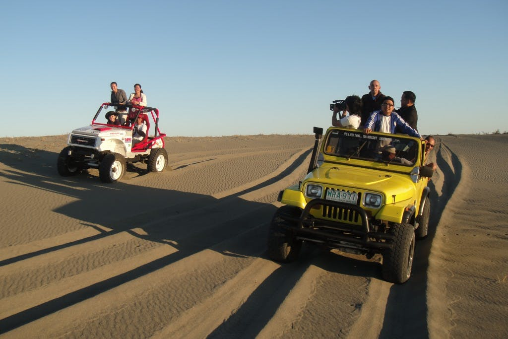 4x4 adventure on the Paoay Sand Dunes (Ferdz Decena)