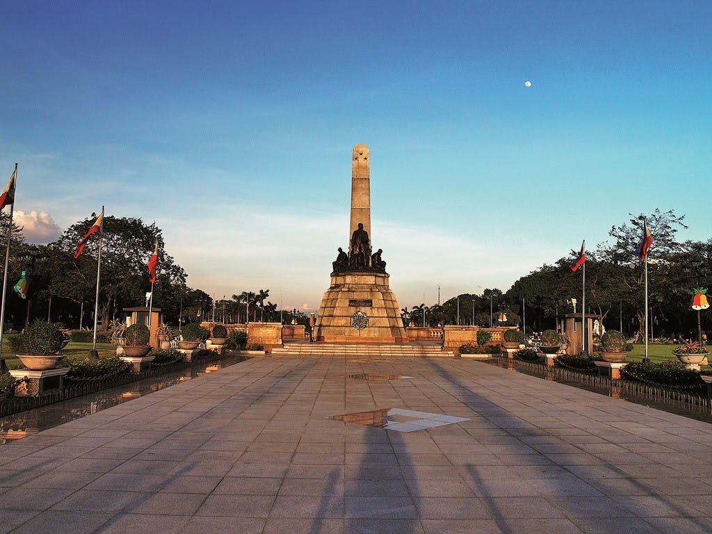 Rizal Park. Photo by Ferdz Decena