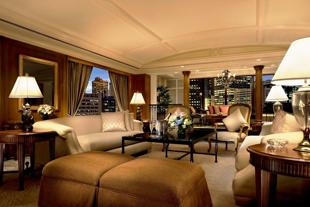 Urban elegance at the Peninsula suite. Photo courtesy of the Peninsula Manila