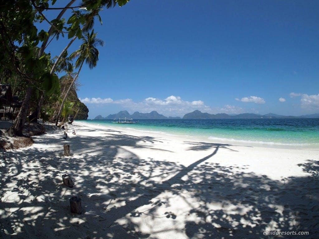 Just like Ipil Beach 2, Entalula is another idyllic island off El Nido. By El Nido Resorts