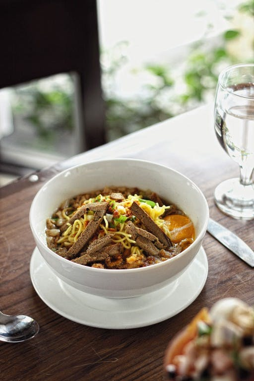 Try the authentic batchoy in 21 restaurant by Mark Antang