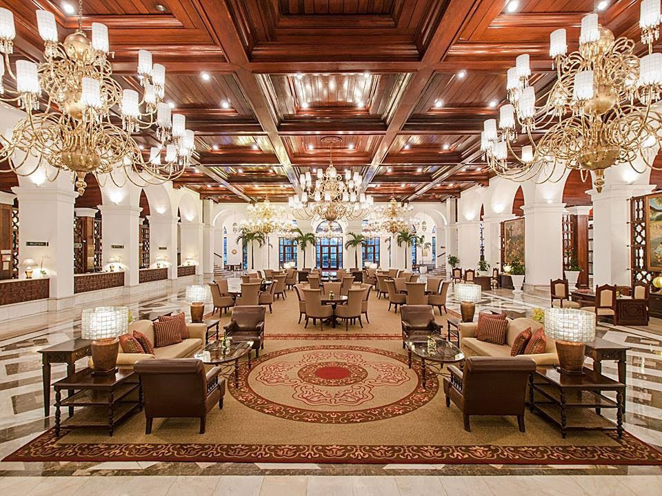 Manila Hotel's Lobby pinched from the Facebook page of Manila Hotel