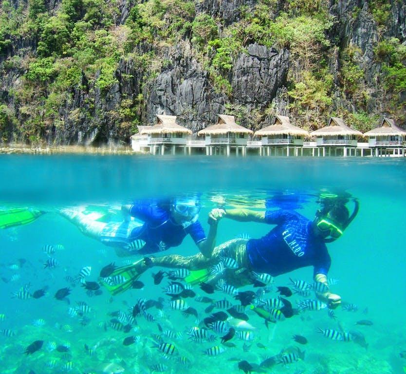 Snorkeling in Miniloc Island Resort