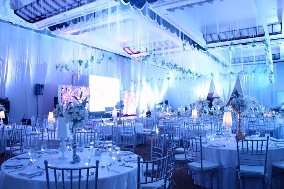 Wedding setup at Taal Vista Hotel pinched from the Facebook page of Taal Vista Hotel