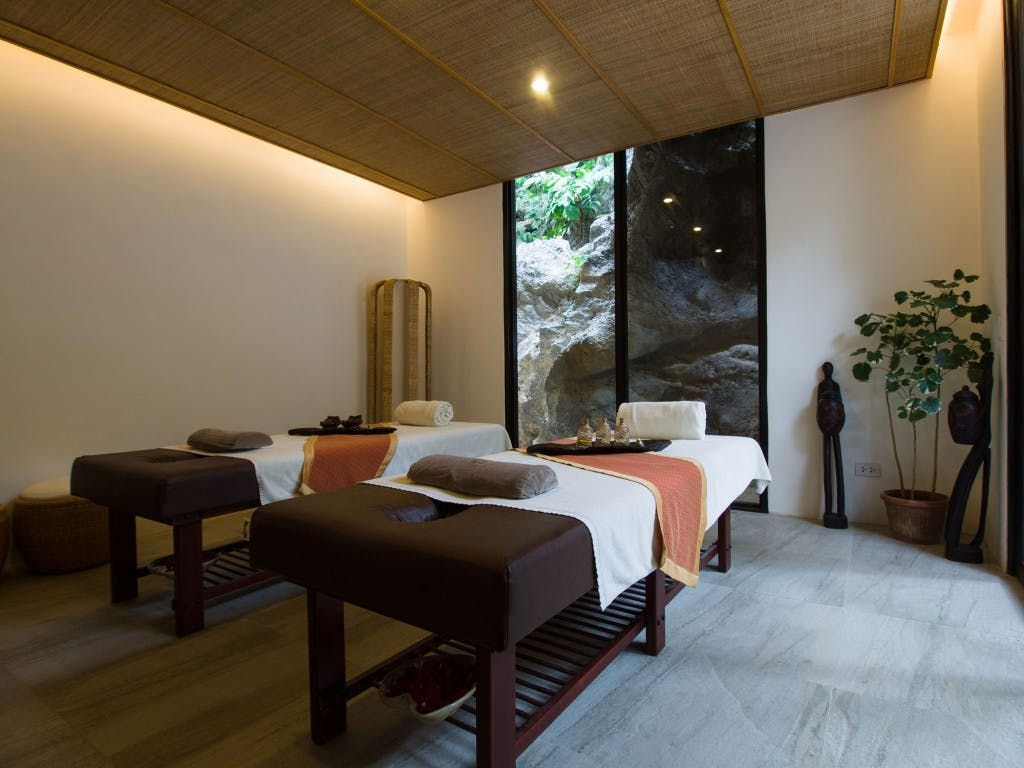 Couple's spa room at Lagen Island Resort