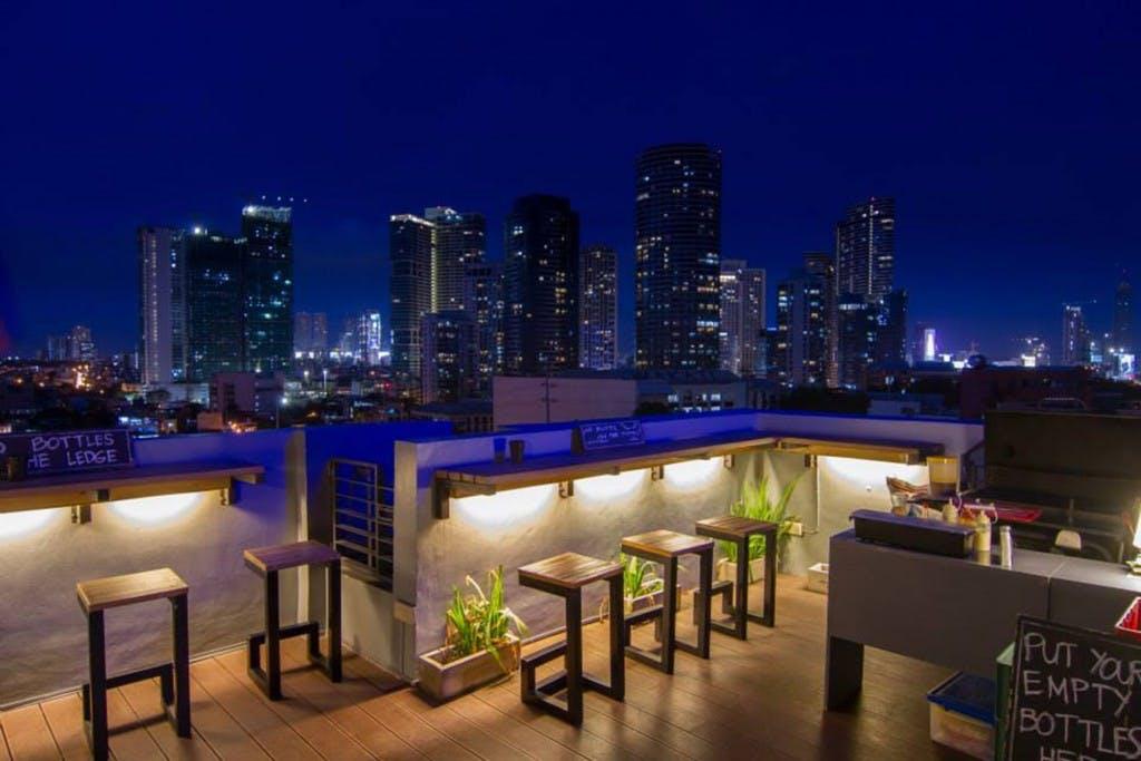 5 Of The Best Rooftop Hangouts In Manila Archipelago