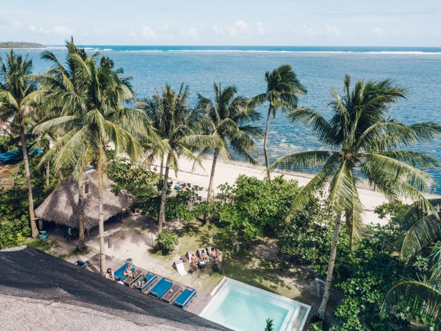 Bravo Beach Resort: cottages right by the sea